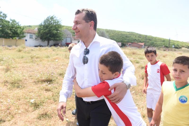 Başkan Yücel Yılmaz, çocukları ve gençleri kırmadı