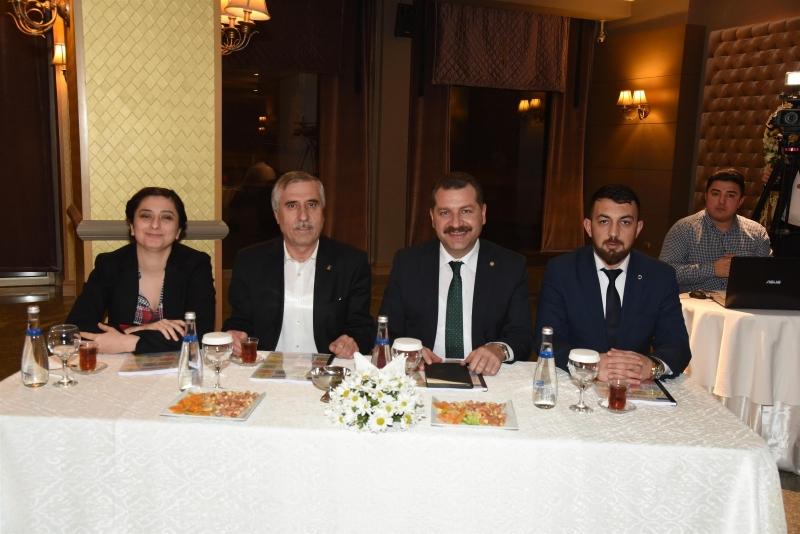 """Yücel Yılmaz; """"Karesi, AK Parti'nin lokomotifi olacak"""""""