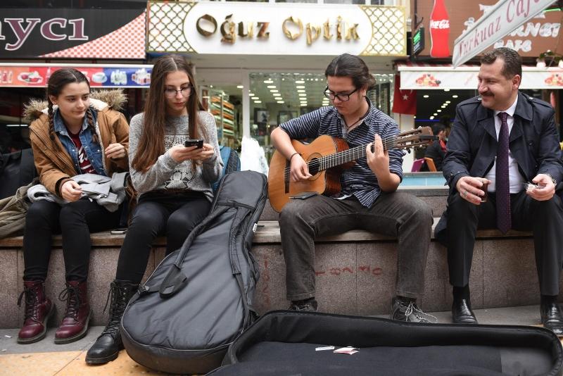 Müzik bu şehrin bir parçası olsun