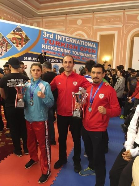 Uluslararası Kick Boks Turnuvasına Karesispor Damgası