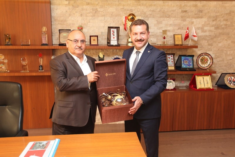 Kurtdereli için Bursa ve İstanbul'da