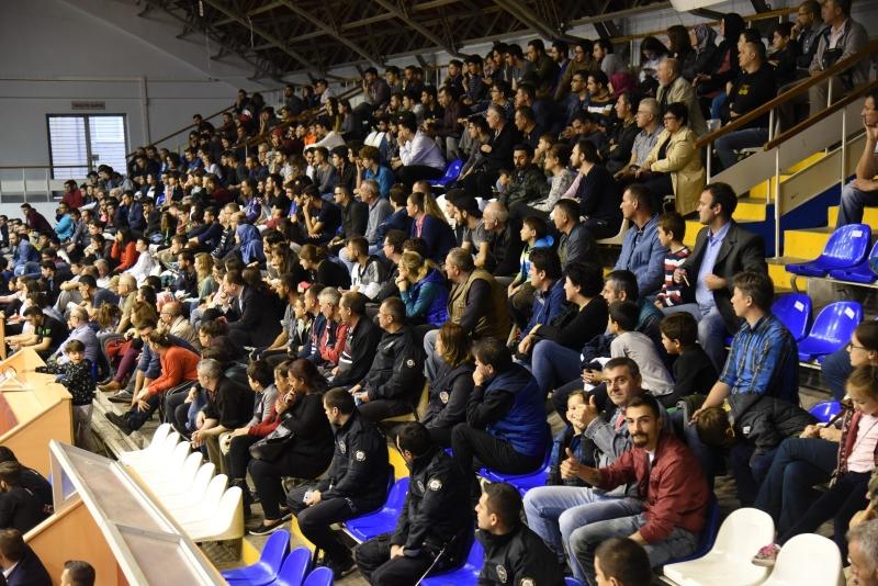 Karesispor sigortam.net İTÜ Basket deplasmanında