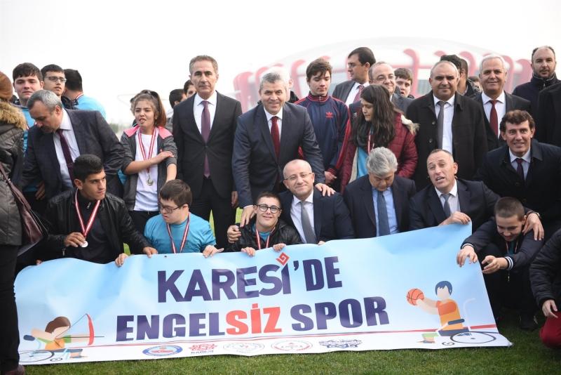 """""""Karesi'de engelsiz spor"""""""
