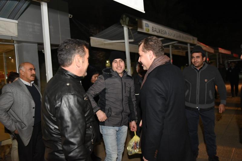 AK Parti Büyükşehir Belediye Başkan Adayı Yücel Yılmaz'dan Yeni yıl ziyaretleri