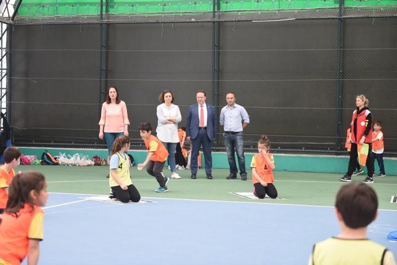 Karesi'de Geleneksel Çocuk Oyunları Şenliği
