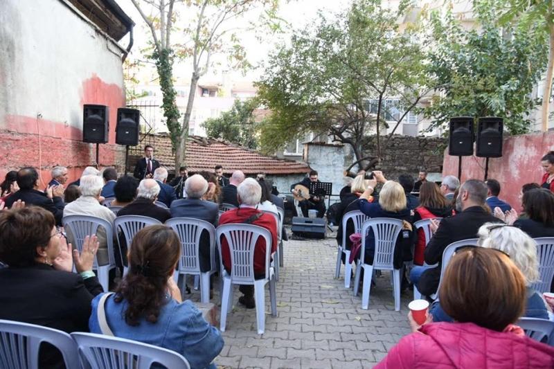 Karesi'den anlamlı sergi ve konser