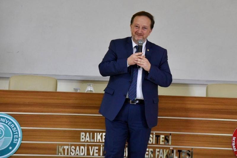 Başkan Orkan, BAÜN'lü öğrencilerin dersine konuk oldu
