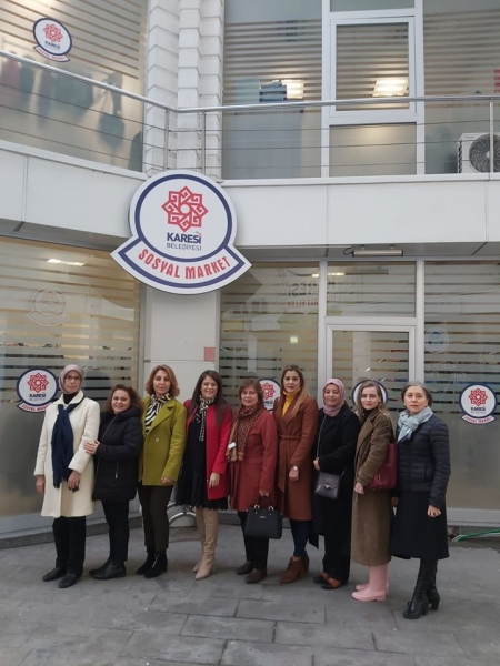 Karesili kadınlardan Sosyal Market'e tam destek
