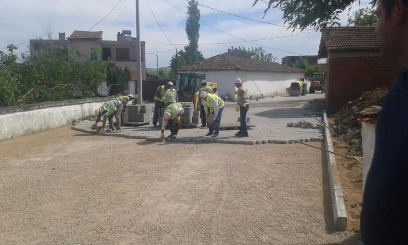 Kırsal Mahallelere Kilitli Parke Çalışmaları