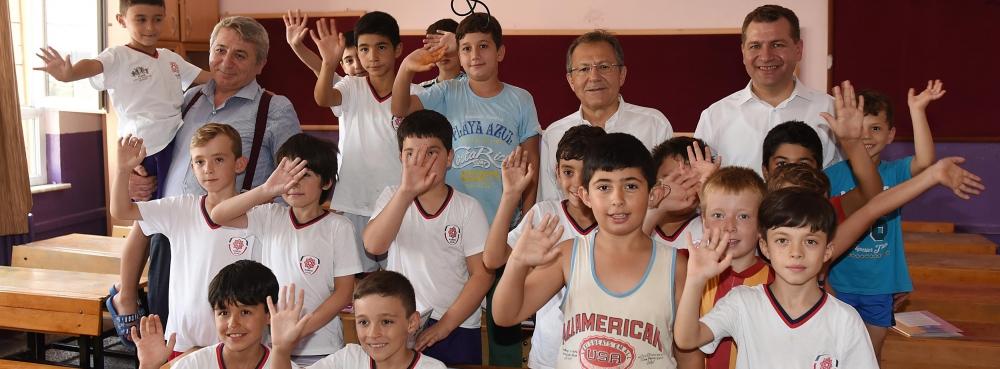 Başkan Uğur: Karesi'de gençler iyi yetişiyor