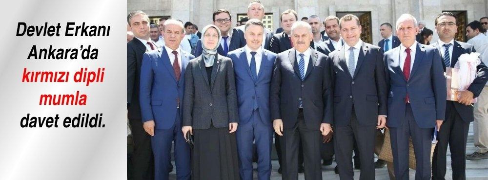 Devlet Erkanı Ankara'da kımızı dipli mumla davet edildi