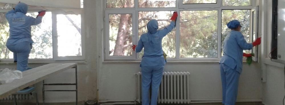 Karesi, okullarda temizliğe önem veriyor