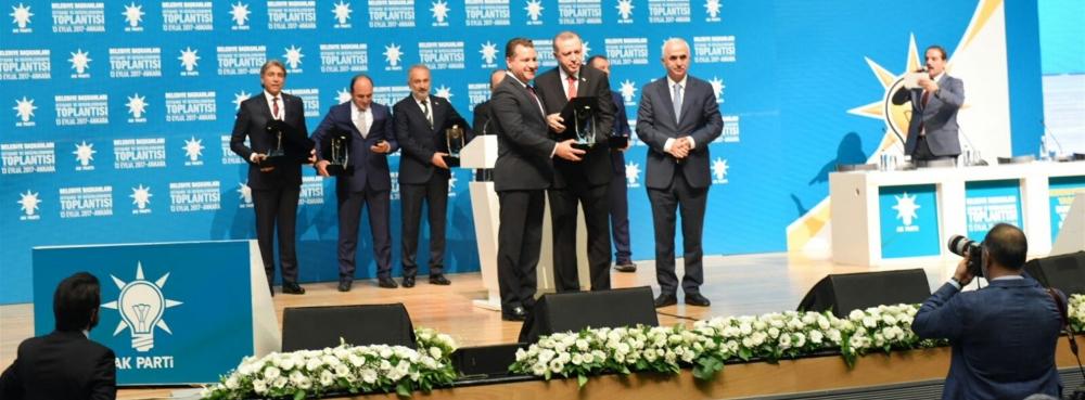 Cumhurbaşkanı'ndan Yücel Yılmaz'a ödül