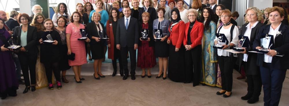 Ustalara ödülleri Başkan Yılmaz verdi