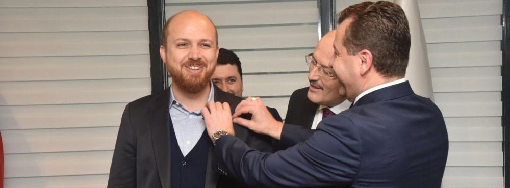"""Başkan Yılmaz'dan Erdoğan'a """"Zeytin Dalı Sembolü"""""""