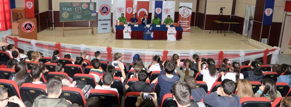 Karesispor'dan 1000 öğrencili panel
